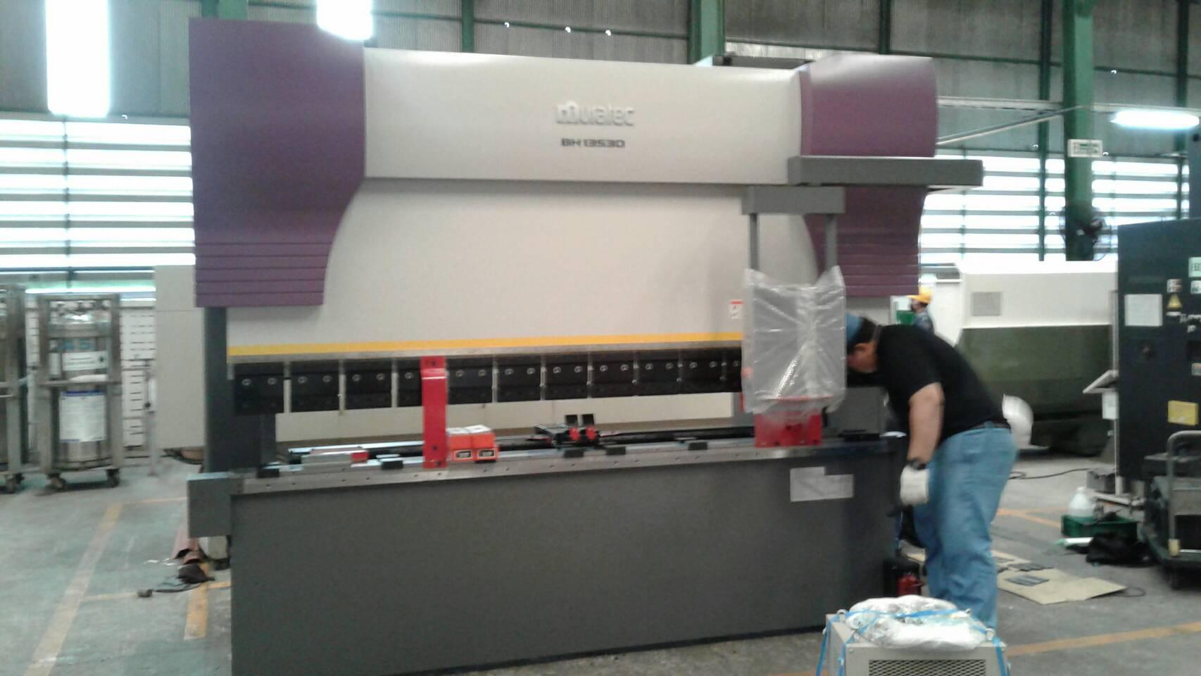 งานติดตั้งเครื่อง MURATA Press Brake BH13530 @ พี.ดี.เอส.เชียงใหม่ วิศวกรรม 8-8-60