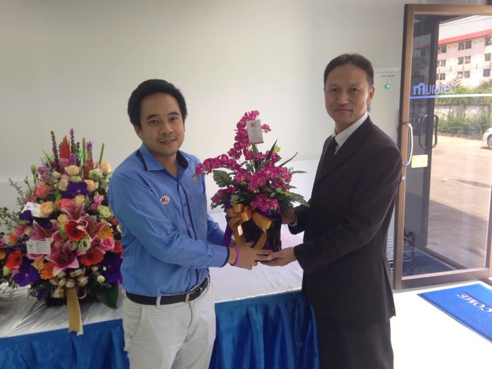 ผู้บริหาร IITGROUP ร่วมแสดงความยินดี กับทาง MURATA Thailand ในงานเปิดโชว์รูมแห่งแรกในประเทศไทย