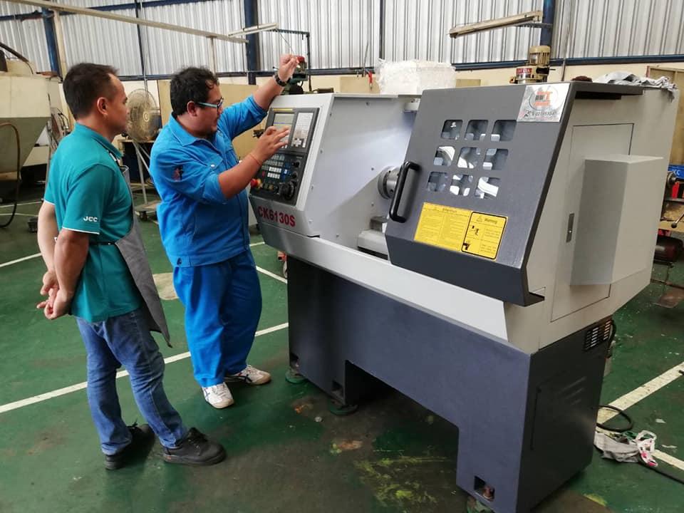 งานติดตั้งเครื่องกลึง CNC Matrix CK6130S @ จันทรเชี่ยวชาญ 8-3-62
