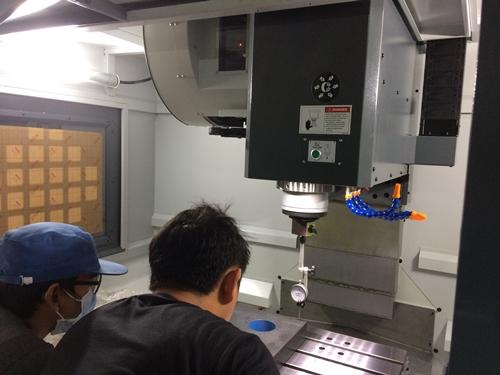 งานติดตั้งเครื่องจักร Machining Center Prompt VMC-860L @ CP Tech 16-7-61
