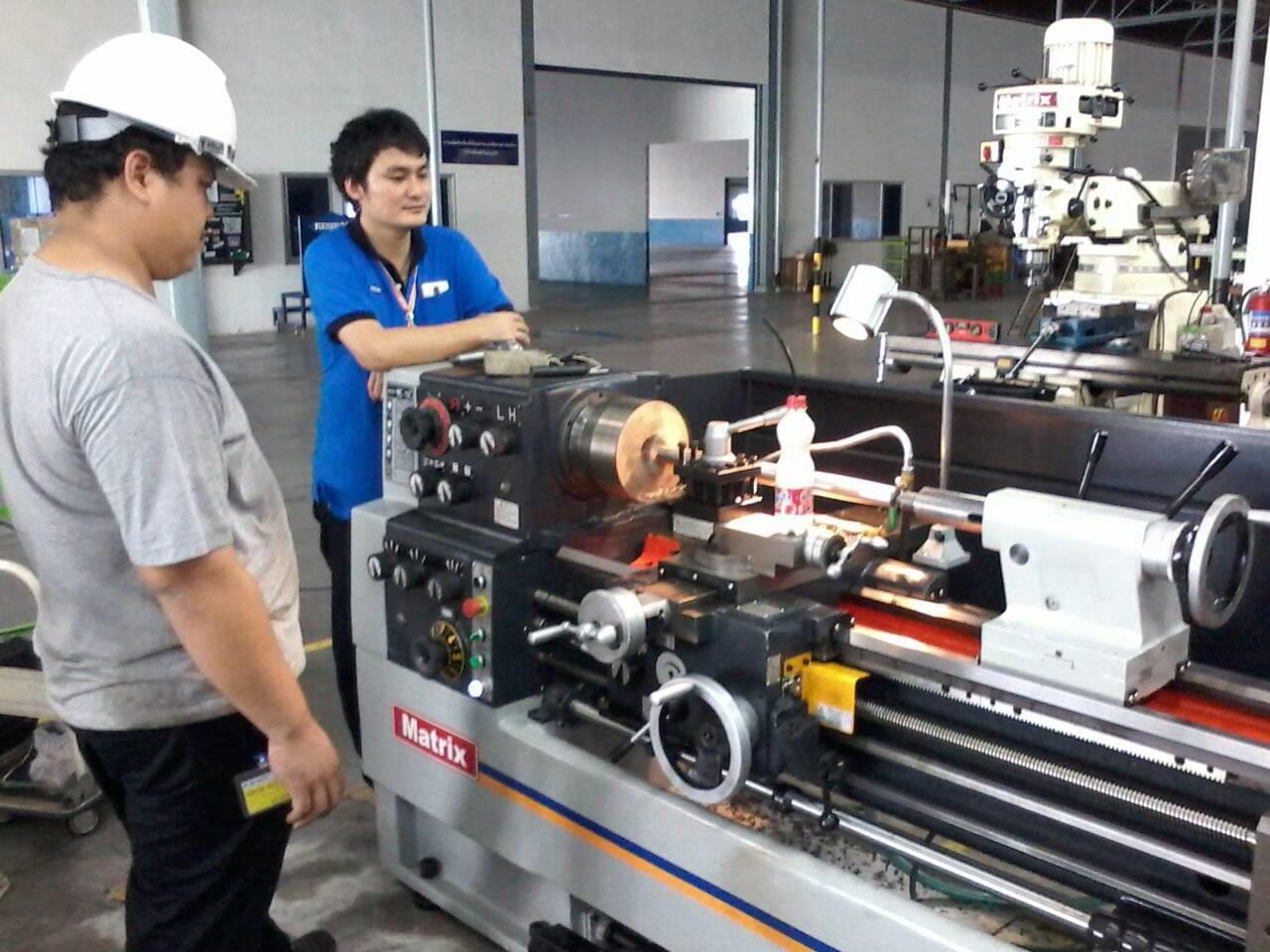 งานติดตั้งเครื่องกลึง @ ไดอะเรซิบอน ประเทศไทย นิคมอุตสาหกรรมปิ่นทอง 25-9-57